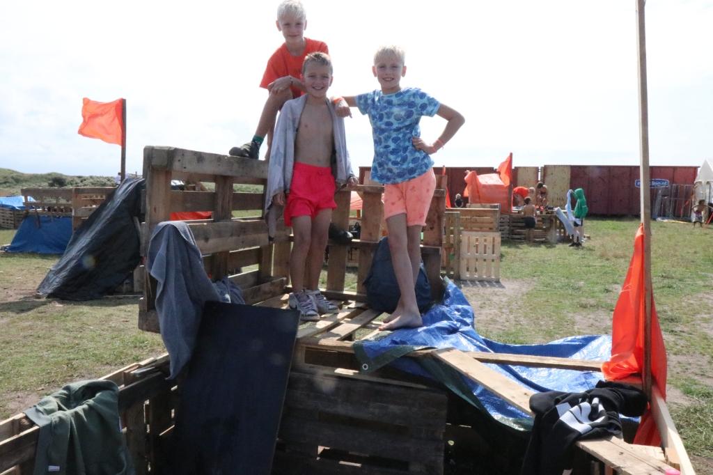 Dit bouwsel is van de Nederlandse Makkers Merijn, Colin en Moris Wijnand Burger © BDU Media