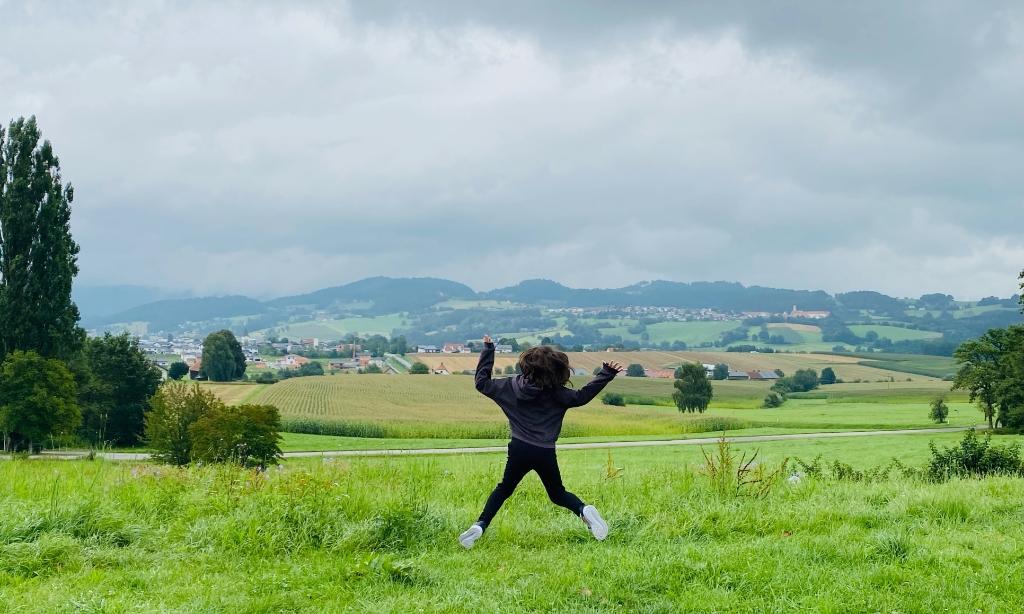 """,,Ook op de terugweg van onze vakantie naar Hongarije wordt onze dochter Luz nog blij van een mooie stopplek in Duitsland."""" Familie Lam © BDU Media"""