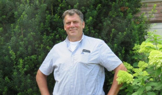 <p>Dirk van Wikselaar zet zich al 40 jaar vol overtuiging in voor uiteenlopende activiteiten in het dorp Harskamp.</p>