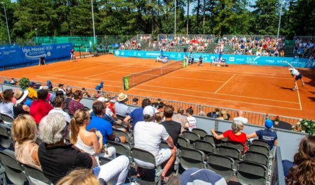 Tennis met publiek tijdens de Dutch Open in juli. Een hoopvol beeld van wat in de toekomst weer kan.