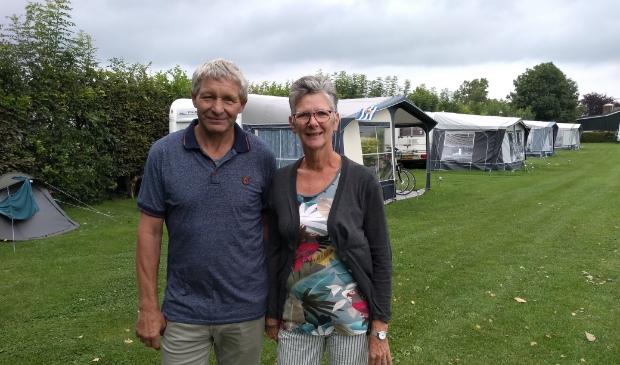 <p>Piet en Anja Voskuilen zagen in 25 jaar vele gasten voorbij komen op hun camping de Prinsenhof in Odijk</p>