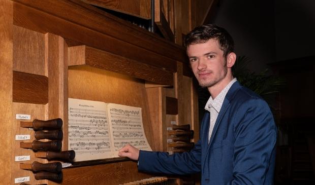 organist Martien de Vos