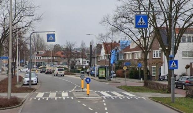 <p>De verkeersdrempel in de Keizer Karelweg die nu wordt weggehaald.</p>