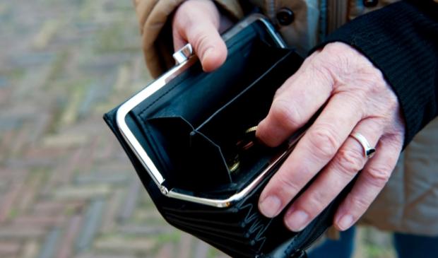 <p>Auke Schouwstra van de NVVK denkt dat de schuldengolf met vertraging op ons afkomt.</p>