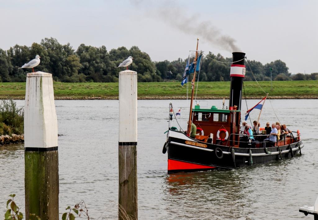 De stoomsleepboot Jan de Sterke uit Gorinchem was present op de Lekko dagen Linda van Lunsen © BDU media