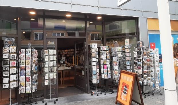 <p>Auteur Ruud van Gessel signeert op zaterdag 18 september tussen 14.00 en 16.00 uur zijn boek De Prosecco Dagboeken bij boekhandel Riemer.</p>