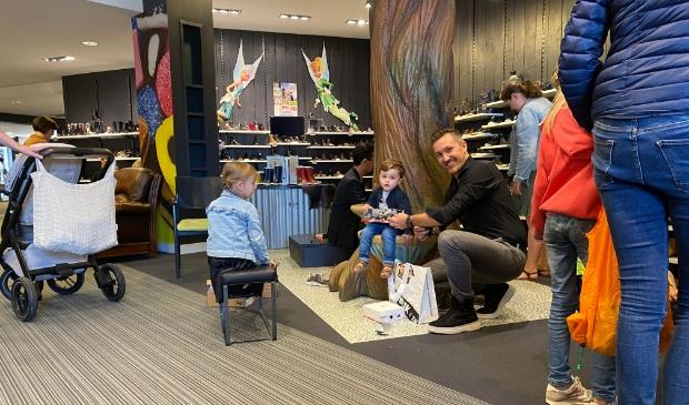 <p>Volop aandacht voor de kids bij Van Mourik Schoenen</p>