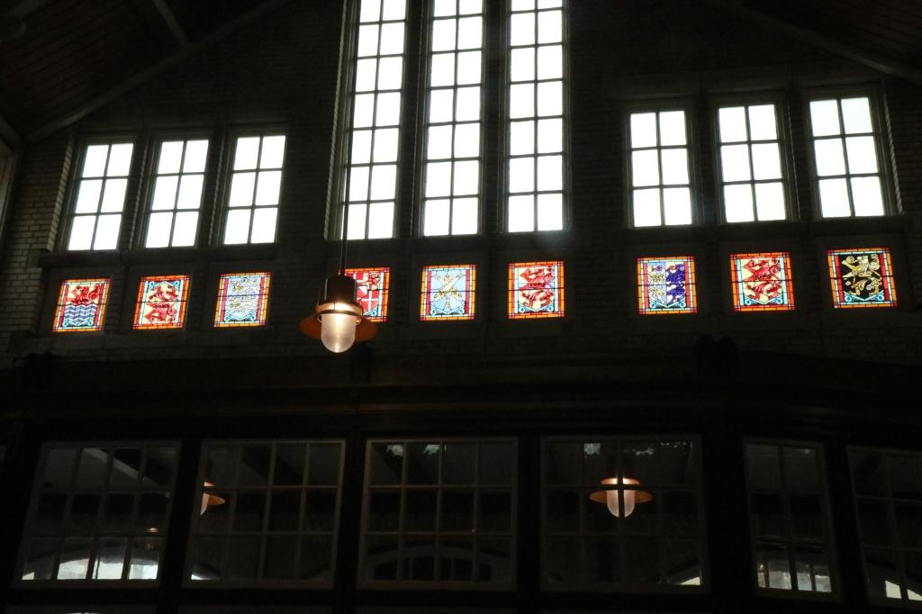 Glas in lood bij station wijnand burger © BDU Media