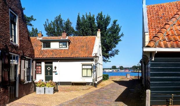 Brengen een bezoek aan het historische oude dorp van Velsen.