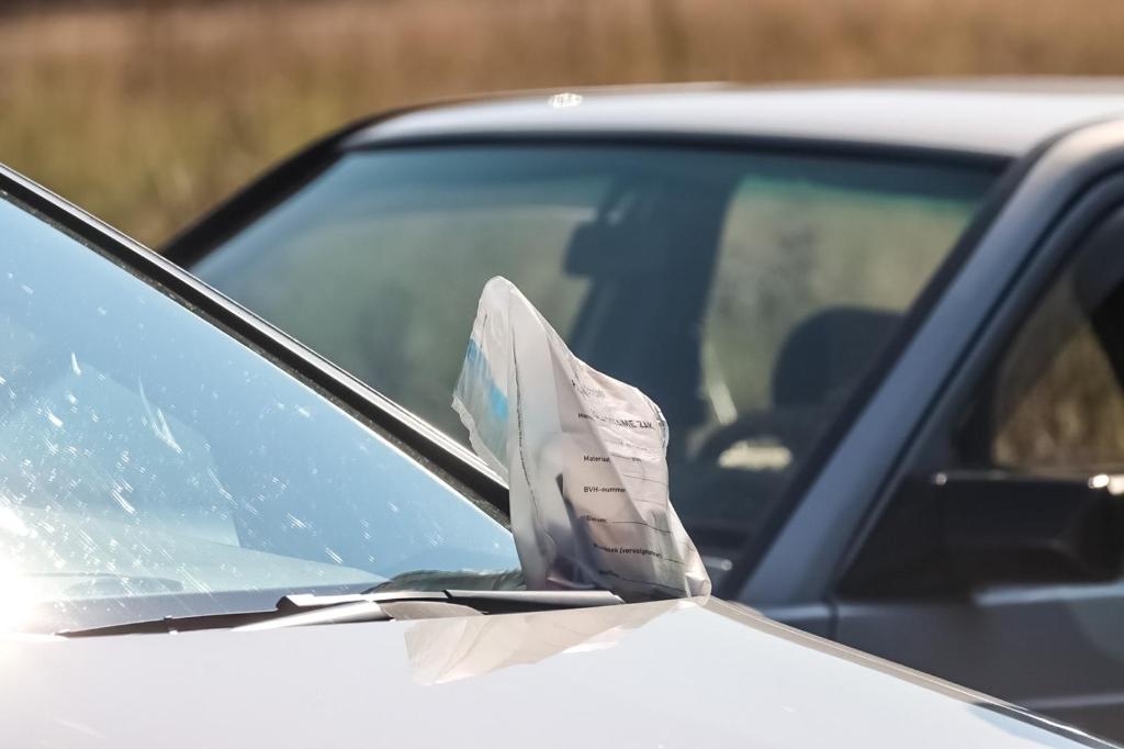 aanhouding; carpoolplaats; staandehouding; politie; arrestatie;  AberMedia © BDU media
