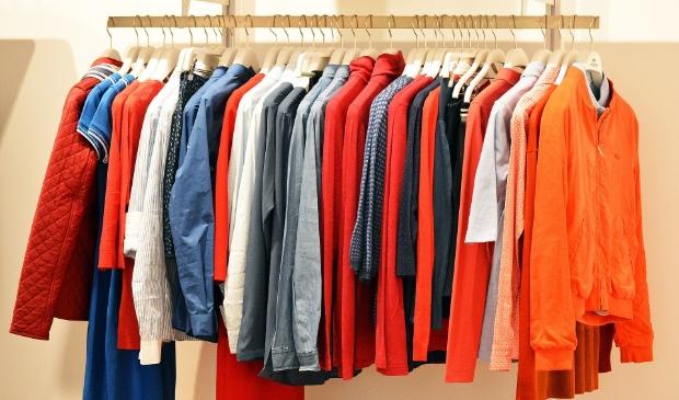Lever je oude kleding in en maak op de kledingbon ter waarde van 100 euro.