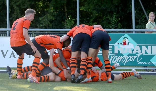 Ontlading bij de Spartanen na de 3-2 in blessuretijd van Jesse van Nieuwkerk