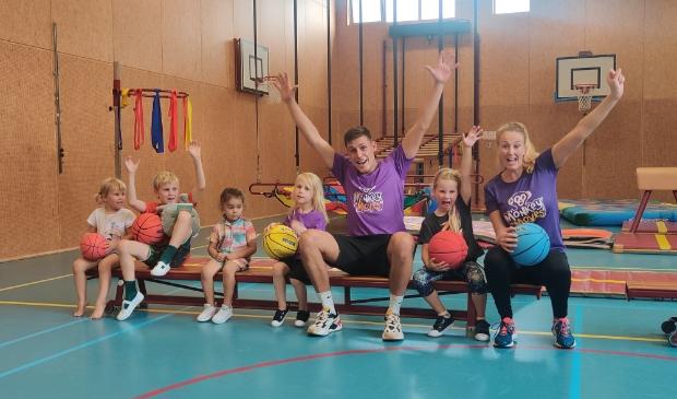 <p>Bij Monkey Moves maken kinderen spelenderwijs kennis met 11 populaire sporten</p>