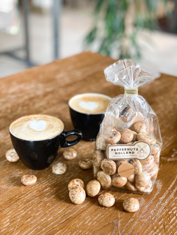 Kruidnoten met een cappuccinosmaak. Peppernuts Holland © BDU media