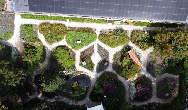 Honingraatmotief tuinpaden