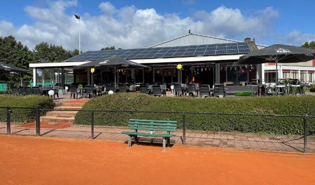 <p>Tennisvereniging De Vale Ouwe kijkt terug op een geslaagd open KNLTB toernooi.</p>