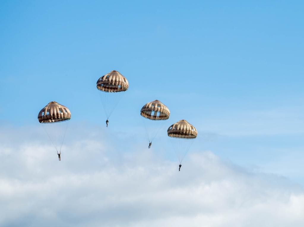 parachutisten Diana Vivas © BDU Media