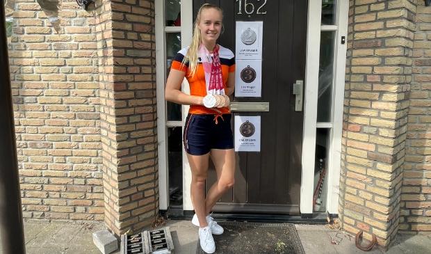 Lisa Kruger is trots op haar vier medailles, behaald op de Paralympische Spelen in Tokio.
