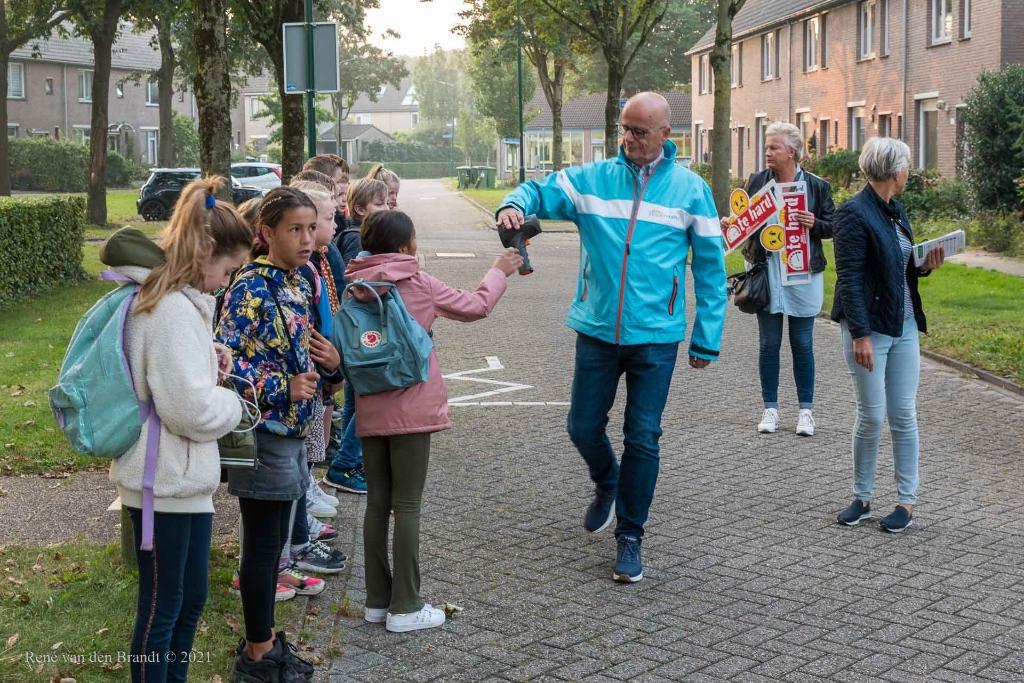 Uitdelen lasergun ® René van den Brandt © BDU media