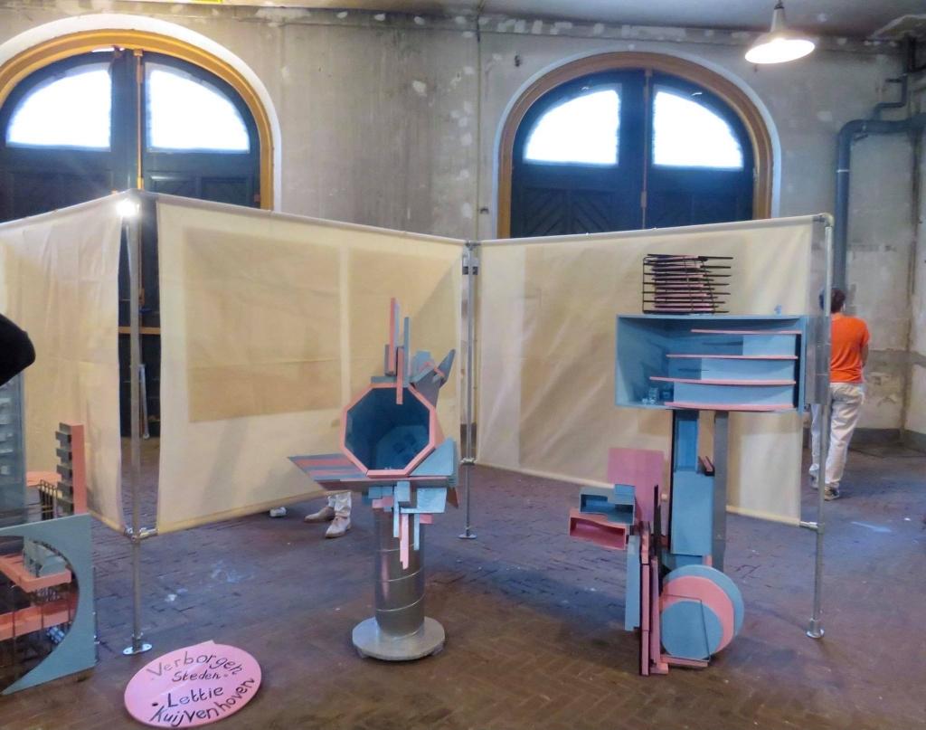 Eigenzinnige Kunst gemaakt van afval door Lettie Kuyvenhoven Onno Wijchers © BDU media