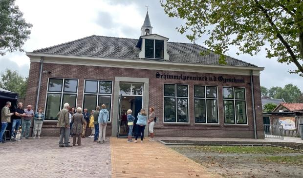 <p>De gerenoveerde Schimmelpenninck van der Oyeschool in Hoevelaken.</p>
