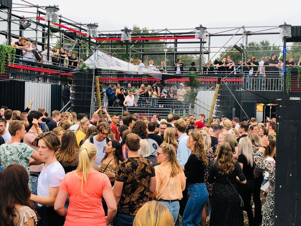 De dj's van Stapelgek. Erik van 't Land © BDU media