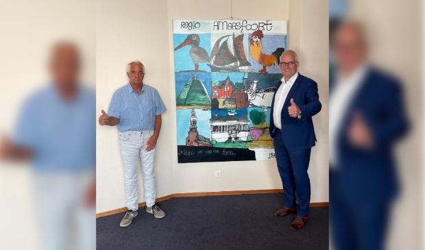 Kunstenaar Piet Schopping en burgemeester Renkema
