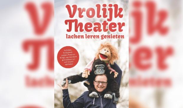 Jan-Marcel Vellinga met zijn buikspreekpoppen