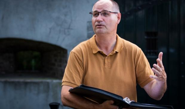 Gert-Jan Ariaans (54) is gids voor Werkgroep Vesting Gorinchem (WVG)