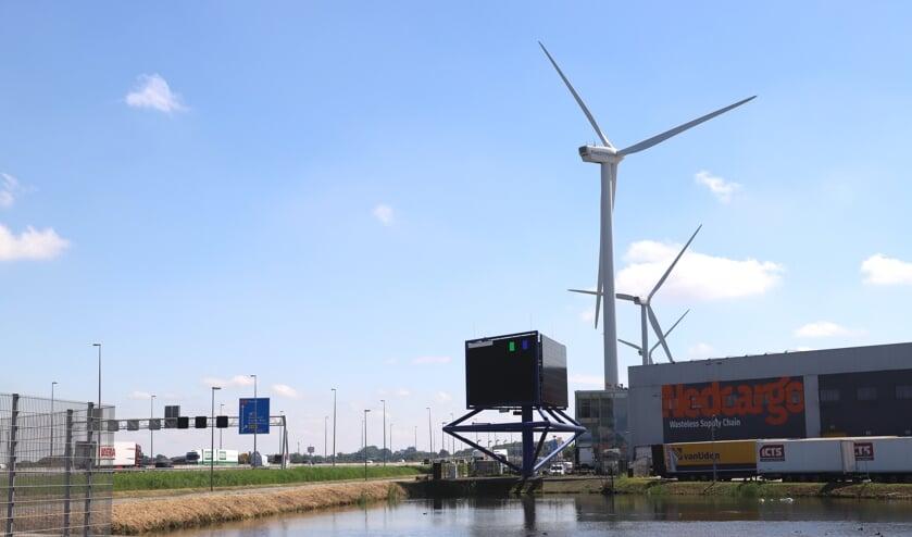 """Het merendeel van de raad is het eens over windenergie. """"Langs de infrastructuur."""""""