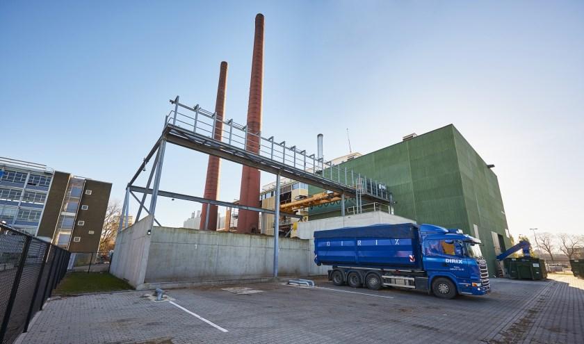 Remkes zet vraagtekens bij de handhaving van uitstooteisen bij kleine biomassacentrales. (foto: HoST)