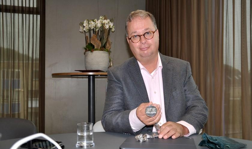 Sinds anderhalve week is Han Weber de drager van de ambtsketting van Zuidplas. (foto en tekst: Judith Rikken)
