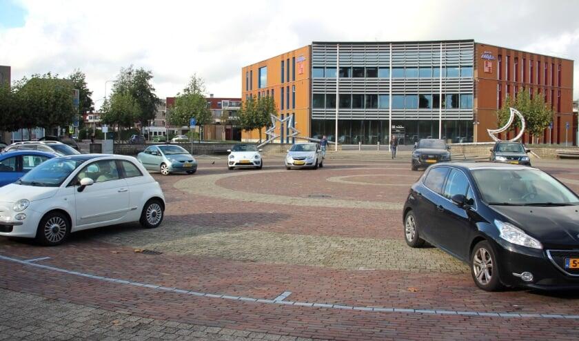 <p>Het Raadhuisplein in Nieuwerkerk.&nbsp;</p>