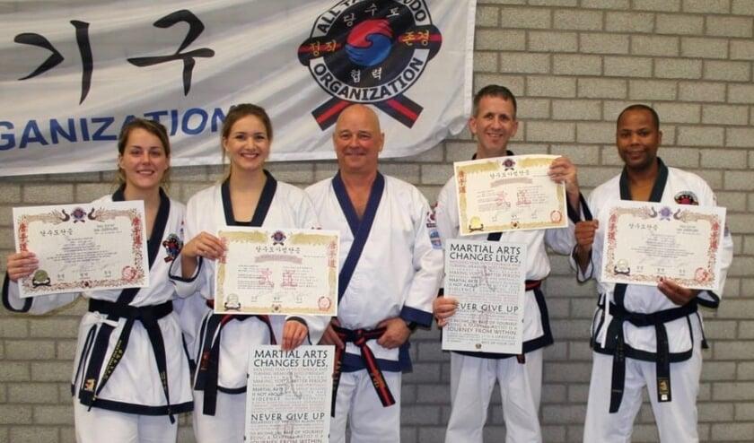 Dian de Wit, Laura van Leeuwen, Jan Timmers, Sven van Vuuren en Clifton Pronk. (foto: pr)