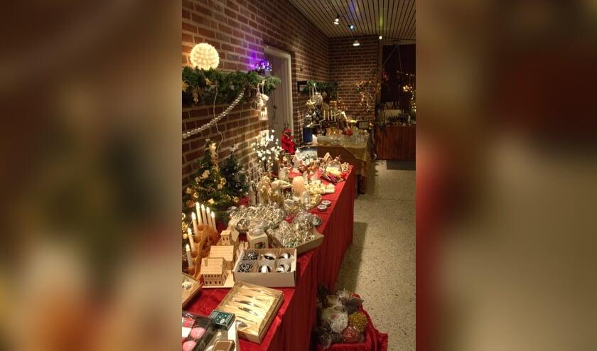 De Ontmoetingskerk transformeert in kerstmarkt.