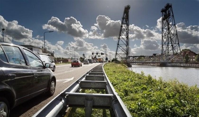 De N207 werd door de ANWB bestempeld als 'een van de gevaarlijkste wegen van Zuid-Holland' . (archief HvH)