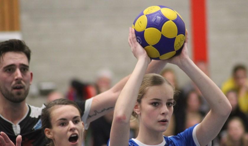 Melissa van der Velde viel in bij CKV in de verloren wedstrijd tegen Capelle. (foto en tekst: Erik van Leeuwen)