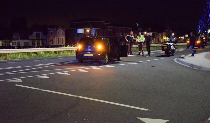 Op de kruising Henegouwerweg/Van Spijkstraat vond in juli nog een ongeval plaats. (foto: archief HvH)