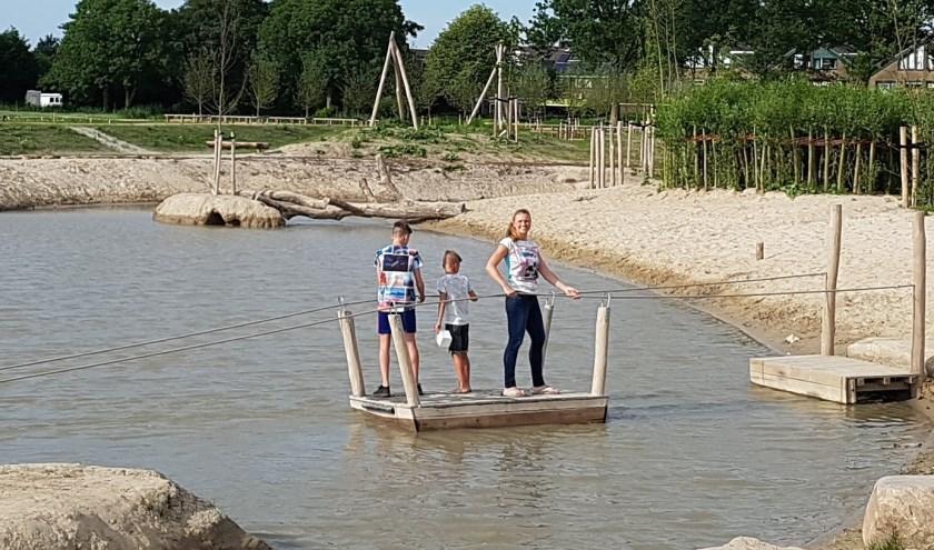 Tinet de Jonge in het nog jonge recreatiegebiedje met speel- en natuurpolder aan de rand van Zevenhuizen.