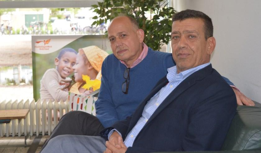 Links Ismat Mahmoud en rechts Kamal Akawi. (Foto en tekst: Nicole Lamers)