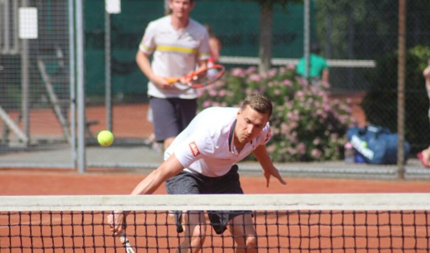 In het herendubbelspel categorie 4 ging de zege naar Robin Nederlof en Thomas Schmidt.