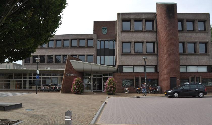 voormalig gemeentehuis. (archieffoto Hart van Holland)