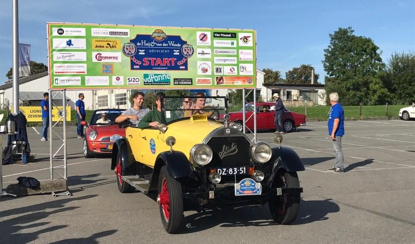 De Zuidplas rally met klassiekers van de Zevenhuizense Lions beleefde zijn tiende editie.