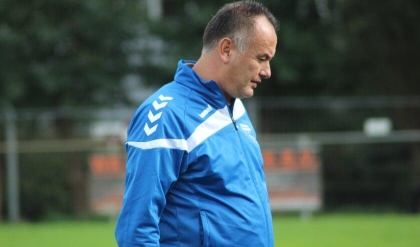 Trainer Glen Telusa praat binnenkort over zijn toekomst bij Moordrecht. (foto: archief HvH)