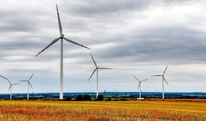 <p>Windmolens worden verfoeid, maar fracties van de PvdA en GroenLinks stellen dat ze nodig zijn.</p>