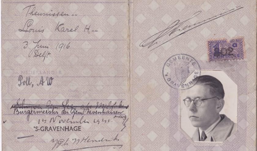 Het identiteitsbewijs van Louk Theunissen.