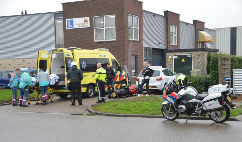 Een cursist raakte gewond tijdens haar motorrijles.