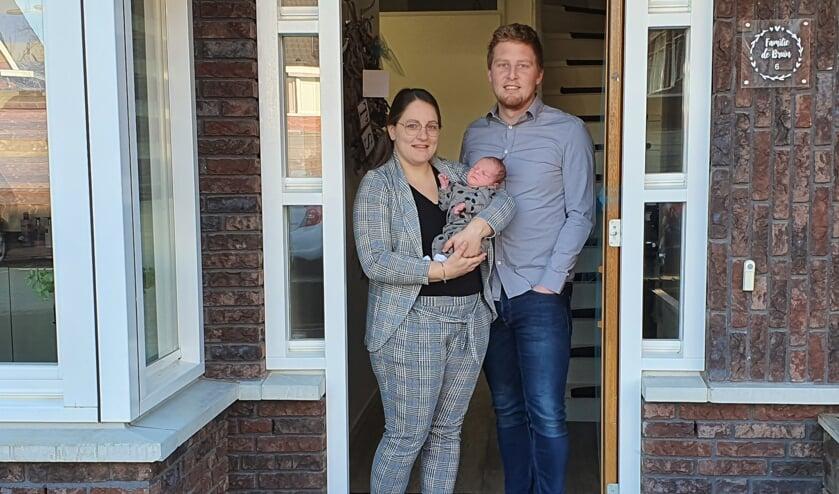 Lisette en Remon de Bruin kregen hun eerste kind Sev op de dag dat Nederland grotendeels werd platgelegd door de corona-uitbraak.