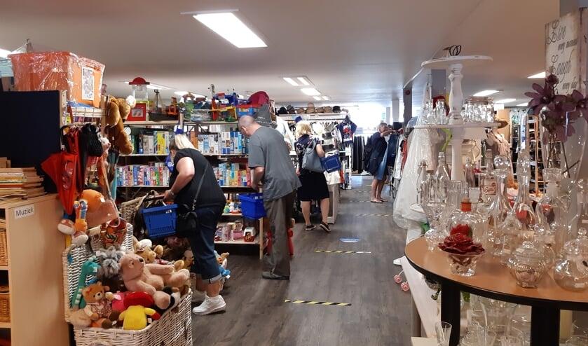 De kringloopwinkel in Waddinxveen is fors  groter qua oppervlakte. (foto:pr)