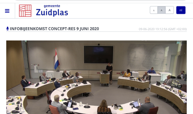 De gemeenteraad van Zuidplas in juni voor het eerst weer bijeen in het gemeentehuis. Foto: Erik van Leeuwen © HvH Waddinxveen